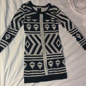 Medium dress shirt